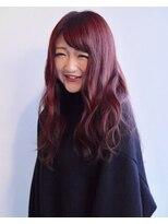 ヘアメイク オブジェ(hair make objet)赤髪ロングスタイル