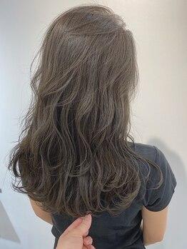トリート 浦安店(TREAT HAIR DESIGN)の写真/アイロン巻きの様なカールでセットも楽に!かかりにくい方にもオススメ『形状記憶デジタルパーマ』_浦安