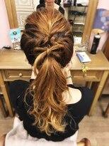 ヘアセットサロン アトリエ チャイ(Hair set salon atelier CHAI)ワンポイントリボンポニー♪