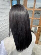 ラルジュヘアイコール(Large hair equal =)ダークグレー