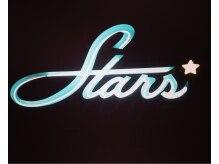 スターズ(STARS')の雰囲気(ネオンの看板が目印です。)