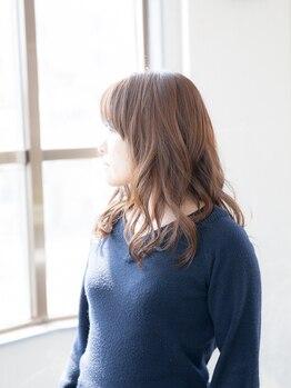 シーエスワンプラス(CS ONE plus)の写真/大人髪の為に考えられたオーガニックカラーや発色も楽しめるグレイカラー♪深染めもお任せください☆