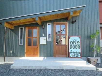 ワンドアー(ONE DOOR)の写真