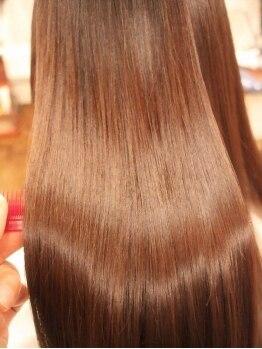 """ヘアー ドレス ファーゴ 武蔵浦和(HAIR DRESS Fa go)の写真/""""あなただけ""""のオーダーメイドケアを提供。髪を美しくしたいと気遣う優しさで溢れる、癒しのサロン…☆"""