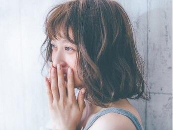 ユーレルム(U-REALM)の写真/前髪は顔の一部!ミリ単位までこだわった似合わせ技術で、貴女だけに似合うデザインを創ります。