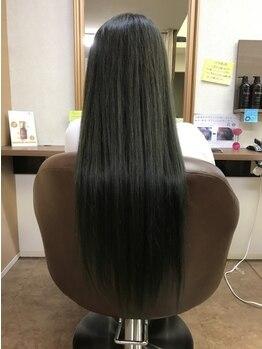 サロン レミュー(salon Remyu)の写真/親身なカウンセリングで導く、理想の美髪ストレート。ダメージを出来る限り抑え、ツヤ感溢れる仕上がりに!