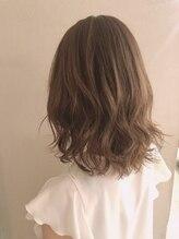 ロンドアンジュ 池袋(Lond ange)髪に優しい耳かけ毛先パーマイメチェンフォギーベージュ