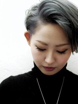 ヘルブラウ ヘアーデザイン(hellblau hair design)の写真/【高い技術が、表情までクリエイトする。】悩みも個性に変えてくれる。hellblauで自分をdesign!