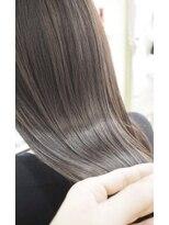 リリーズ ヘア(Lily's Hair)艶髪♪モノトーンベージュ