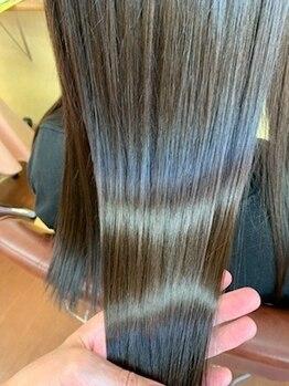 """美容室 スキップ(Skip)の写真/『カラー/パーマの傷み』『クセで纏まりにくい…』とお悩みの方必見☆髪質改善で""""艶感""""溢れるストレートに!"""