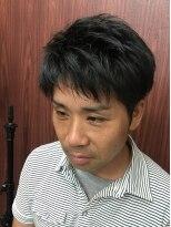 ヘアーサロン イシマル(Hair Salon ISHIMARU)ビジネスマンにおすすめ!控えめ2ブロックスタイル。