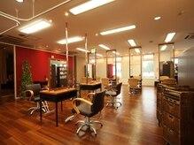 ムード 金沢文庫 hairdesign&clinic mu;dの雰囲気(広々贅沢空間でサロンtimeをゆっくりお過ごし下さい。)
