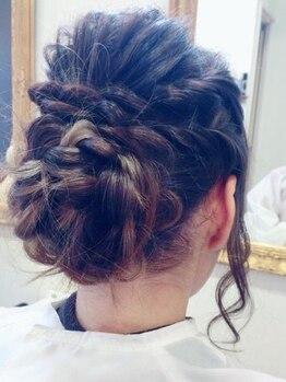 ヘアーメイク ララ(HAIR MAKE LALA)の写真/イベントなどでもヘアアレンジ講習などで講師をやっています。ここぞという時はLALAにお任せ下さい。