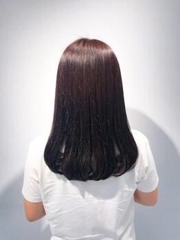 フリック ヘア サロン(FLICK HAIR SALON)の写真/【阪急梅田駅/徒歩1分】とことんダメージレスにこだわり、艶のあるナチュラルストレートヘアに仕上げます―