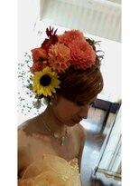ロゼビューティーレボリューション(ROSE BeautyRevolution)生花を使ったブライダルウェディングヘアセット