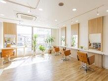 アグ ヘアー ミミ 成田店(Agu hair mimi)の雰囲気(こだわり抜かれた空間。ゆったり寛げます。)