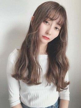 """ヘアーデザイン ルシア(Hair Design Lucia)の写真/外国人風や透明感のあるトレンドヘアをお客様の""""ライフスタイル""""に合わせてさりげなく取り入れてくれる。"""