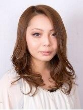 美容室 マキ毛先をカールで女性らしさUPなスタイル!!