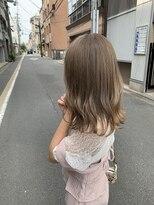 ロイ(roy)☆柔らかい色味がかわいいミルクティーベージュ☆#透明感カラー
