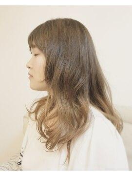 カイラニ アトリエ(KaiLani Atelier)モテ可愛【外国人風】セミディ