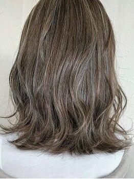 ヘア ミーツ ドレス プレローマ(HAIR meets dress pleroma)の写真/カラーだって似合わせ力が重要!あなたの肌色や髪質に合わせたカラーデザインで小顔や肌色まで見違える♪