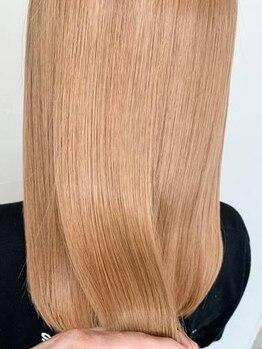 ロルド レーブ(Rold reve)の写真/【カラー+TR¥8800】1人1人の髪質・状態に合わせて選定。仕上がりは驚くほどのうる艶髪に。