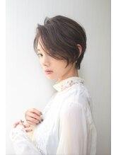 ヘアーサロン ノーヴェトウキョウ(Hair Salon Nove Tokyo)〈Nove〉大人ハイライト×前髪長めの前下がりショート