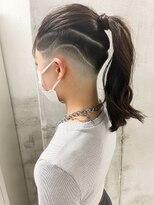 【roijir 山岸】スキンフェード女子 刈り上げ女子 ポニーテール