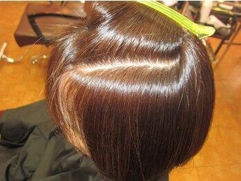 ヘアーアンドメイク リエ(Hair&make Rie.)の写真/【イチゴカラー+カット¥6480】髪のスペシャリストが悩みを解決☆カラーと同時トリートメントで理想の艶髪◎
