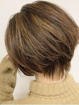 アヴァンス 北花田店(AVANCE)の写真/<堺北花田>暗くなりすぎない『おしゃれ白髪染め』色持ちよく頭皮に優しい♪ハイライト・インナーカラーも◎