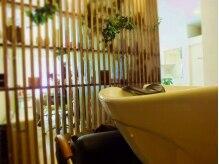 ヘアーアンドリラックス アピュア(HAIR&RELAX apua)の雰囲気(半個室でリラックス♪のシャンプーブース☆)
