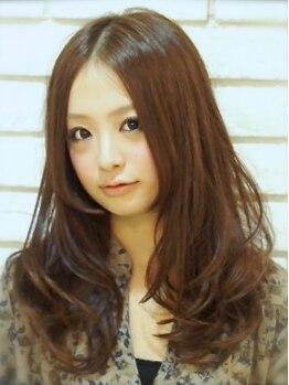 ソナー(SONAR)の写真/東京・表参道・原宿・青山出身の実力派stylistによる、ダメージレスで柔らかなナチュラルストレートを★