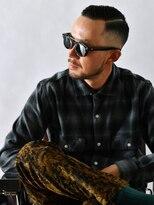 サンディーズ バーバーショップ(SUNDYS BARBERSHOP)七三刈り上げアップバング黒髪トラッドグランジツーブロック