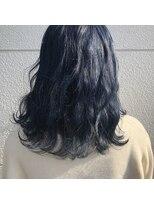 ヘアーアイストゥーレ(HAIR ICI TRE)韓国風ネイビーブルーカラー
