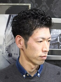 アットグラーロ 名古屋大須店 (@GLARO)の写真/【大須】働くメンズに人気!メンズ専用個室で熟練Stylistが好感度抜群のStyleを創り、髪のお悩みも解決!