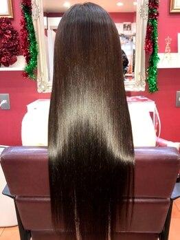 ヘアーアンドメイク リエ(Hair&make Rie.)の写真/【M3D導入サロン★サイエンスアクアシリーズも◎】美しいツヤツヤ髪を一緒に創ってくれる頼れるサロン♪