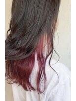 ヘアメイク アプト モカレーベル(HAIR MAKE apt mocalabel)パープルピンクインナーカラー