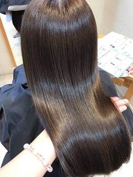 フォルテレイ 青山(FORTE Lei)の写真/ダメージケアに特化したサロン♪自社開発の【プラチナトリートメント】で潤いが詰まった極上ツヤ髪へ!