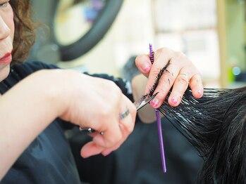サロンドAの写真/朝の支度が楽々に!!手ぐしだけで整うスタイルを提案致します!伸びてくる毛まで計算されたカットでモチも◎