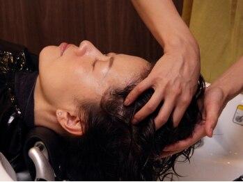 ヘアデザイン オール(hair design all)の写真/髪と頭皮のエイジングケア☆【バリ式】の本格ヘッドスパで髪と頭皮を健康で美しく!ストレス解消にも◎
