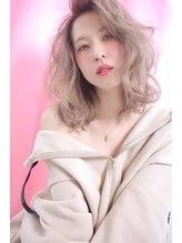 オプスヘアーフェリース(OPS HAIR feliz)ミルクティーブロンドベージュ×ラフウェーブ stylist 細野 敬亮