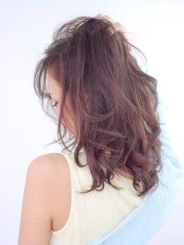 """シエラヘアー(Sea Erra)の写真/""""トレンド""""にピッタリの髪色をご提案!人気のカラー剤を使用しブリーチをしなくてもツヤ感UP★"""