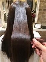 クロワ(croix)今、話題の髪質改善ミネコラトリートメントスタイル