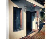 ハコ(haco)の雰囲気(正面入り口からすぐ左にhacoの入口の扉があります。)