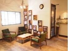 テトテ(tetote)の雰囲気(待合スペースは明るくゆったり過ごせる♪まるでカフェみたい!!)