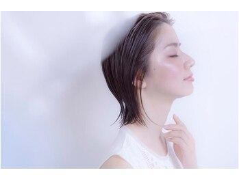 トゥエンティーフォー 和泉店(24)の写真/【ヘアループ増毛エクステ】まるで地毛のような自然なボリューム感♪エクステを1本1本に結ぶ技法です。