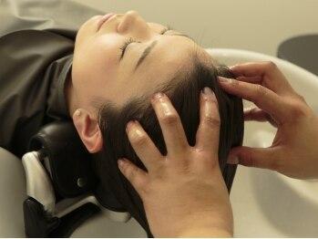 アンベリール(embellir)の写真/炭酸とマッサージにこだわったヘッドスパが¥1620☆リーズナブルに体験できて、頭皮と髪を美しく。