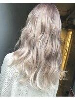 ジーナ(XENA)whitecolor