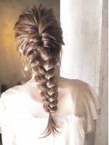 ノエル ヘアー アトリエ(Noele hair atelier)《Noele》エビあみ×ダウンアレンジ