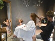 メゾンド クロエ(Maison de Chloe)の雰囲気(お子様と一緒の空間で施術が行えます。)
